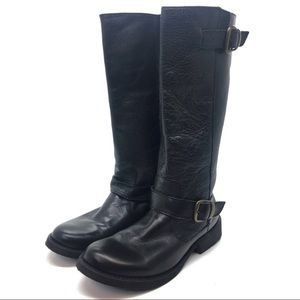 """Steve Madden """"French"""" leather boots."""